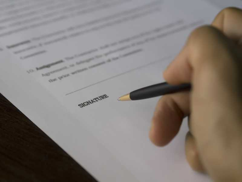 Zorgverzekering opzeggen | Tot wanneer kun je de zorgverzekering opzeggen en stopzetten?